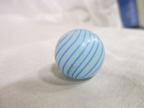 """Clambroth, blue and white, 11/16"""" in size"""