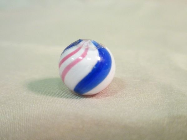 "Peppermint, 9/16"" in size"