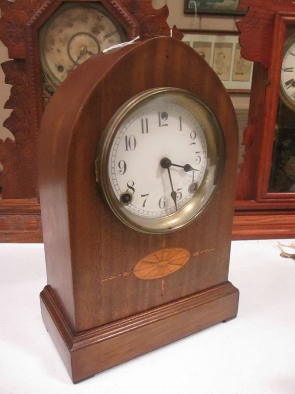 The Session Mantle Clock