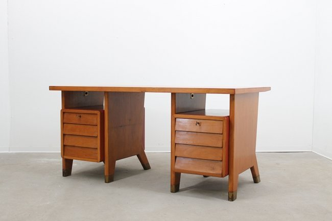 Gio Ponti, desk