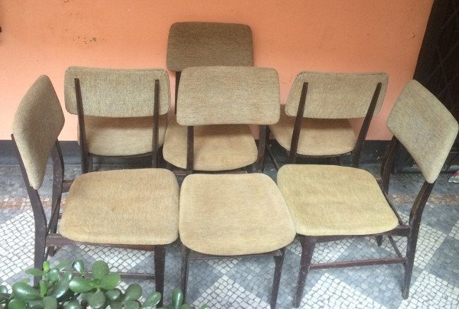 Dassi, six chairs