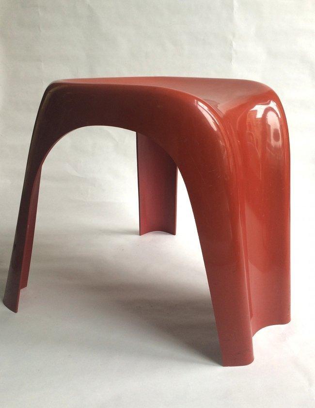 Giorgina Castiglioni, Bilumen, stool