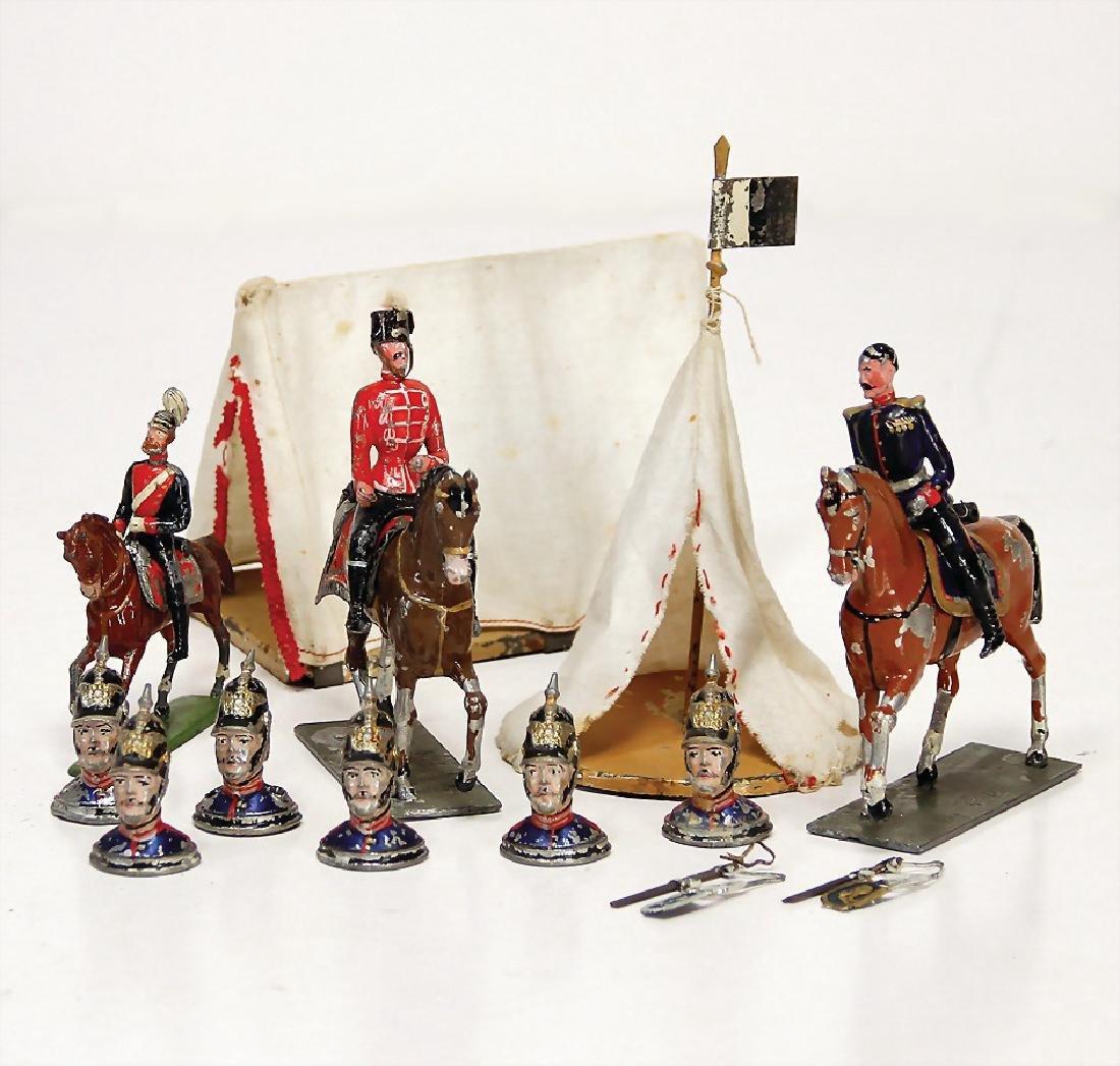 HEYDE fine plastic tin composition figures, 2 rider,
