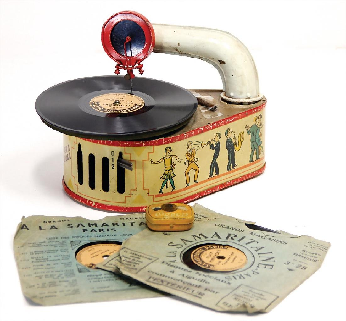 GAMA children's gramophone, lithographed sheet metal,