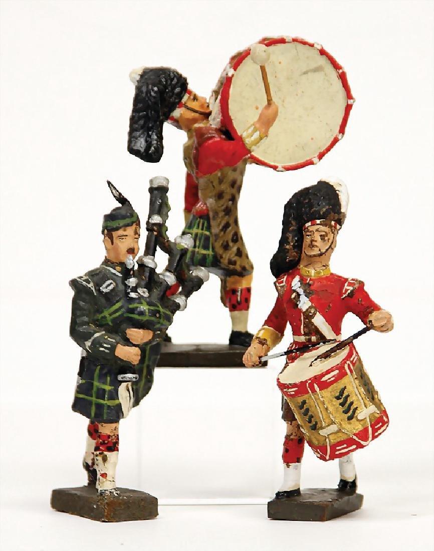 LINEOL mass, 8 cm, drummer, timpanist, bagpiper,