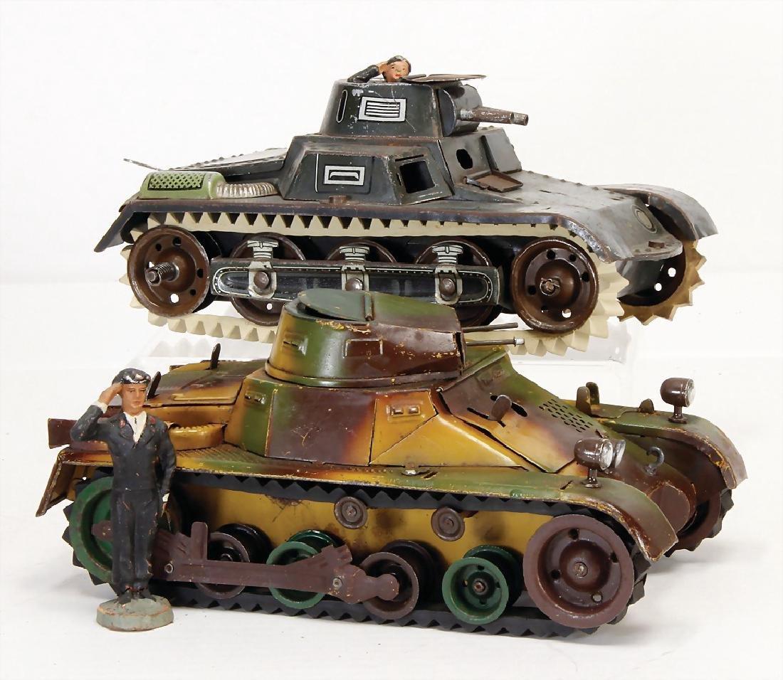 LINEOL tank, sheet metal, mimicry, 19.5 cm, base plate