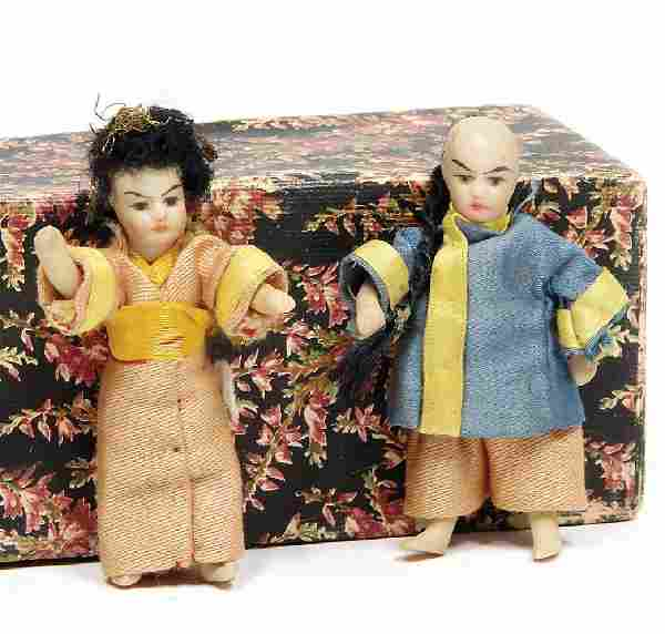 2 small Mignonette porcelain doll, all-bisque, painted