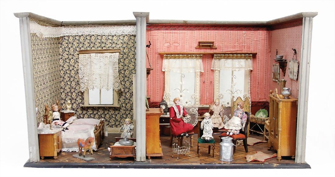 2-part dollhouse room, 43 cm tall, 46 cm deep, passage