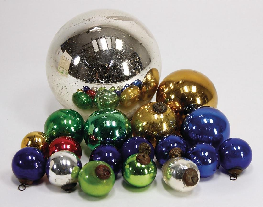 18 pieces Christmas tree decoration, baubles,