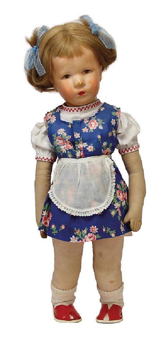 KÄTHE KRUSE Ilsebil, fabric head, the seam at the