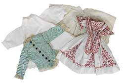 4 pieces early doll clothes for small dolls size 28