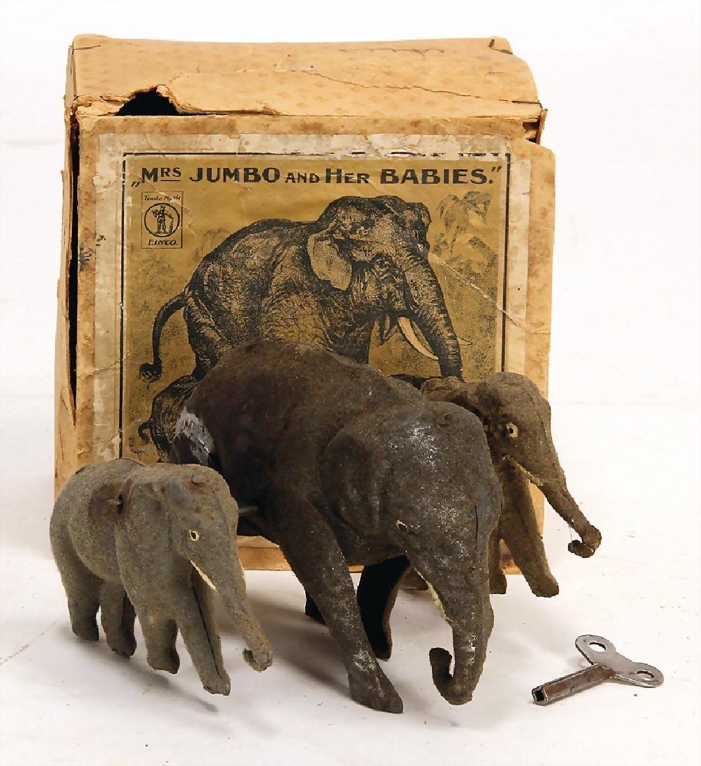 elephants family, MRS JUMBO AND HER BABIES, sheet