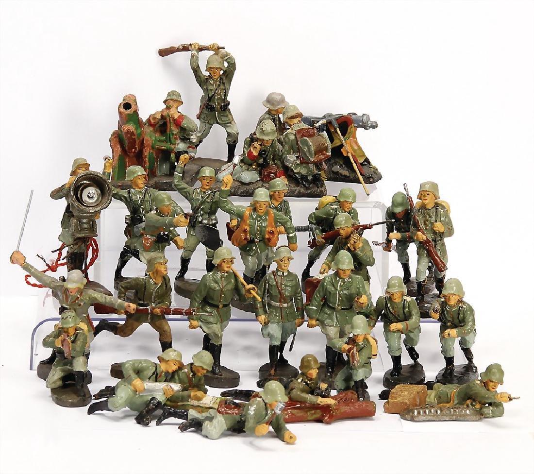 ELASTOLIN Second World War, mass, 24 pieces, fighting,