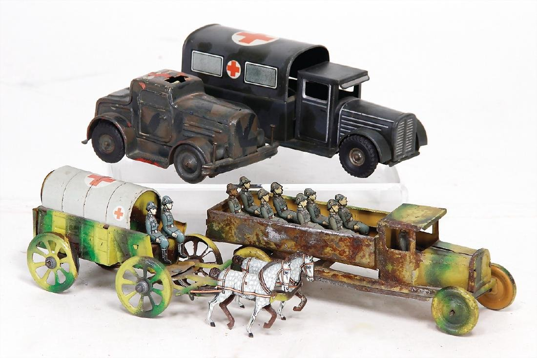 4 pieces, lithographed sheet metal, truck with 9 man