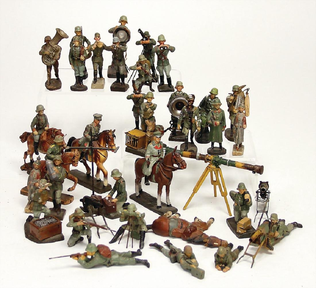 ELASTOLIN & LINEOL c. 30 pieces, fighting, 4