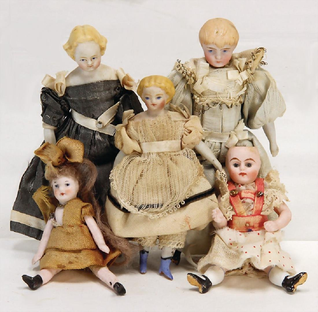 5 dollhouse dolls, 8.5 - 12 cm, 1 tiptoe is knocked, 1