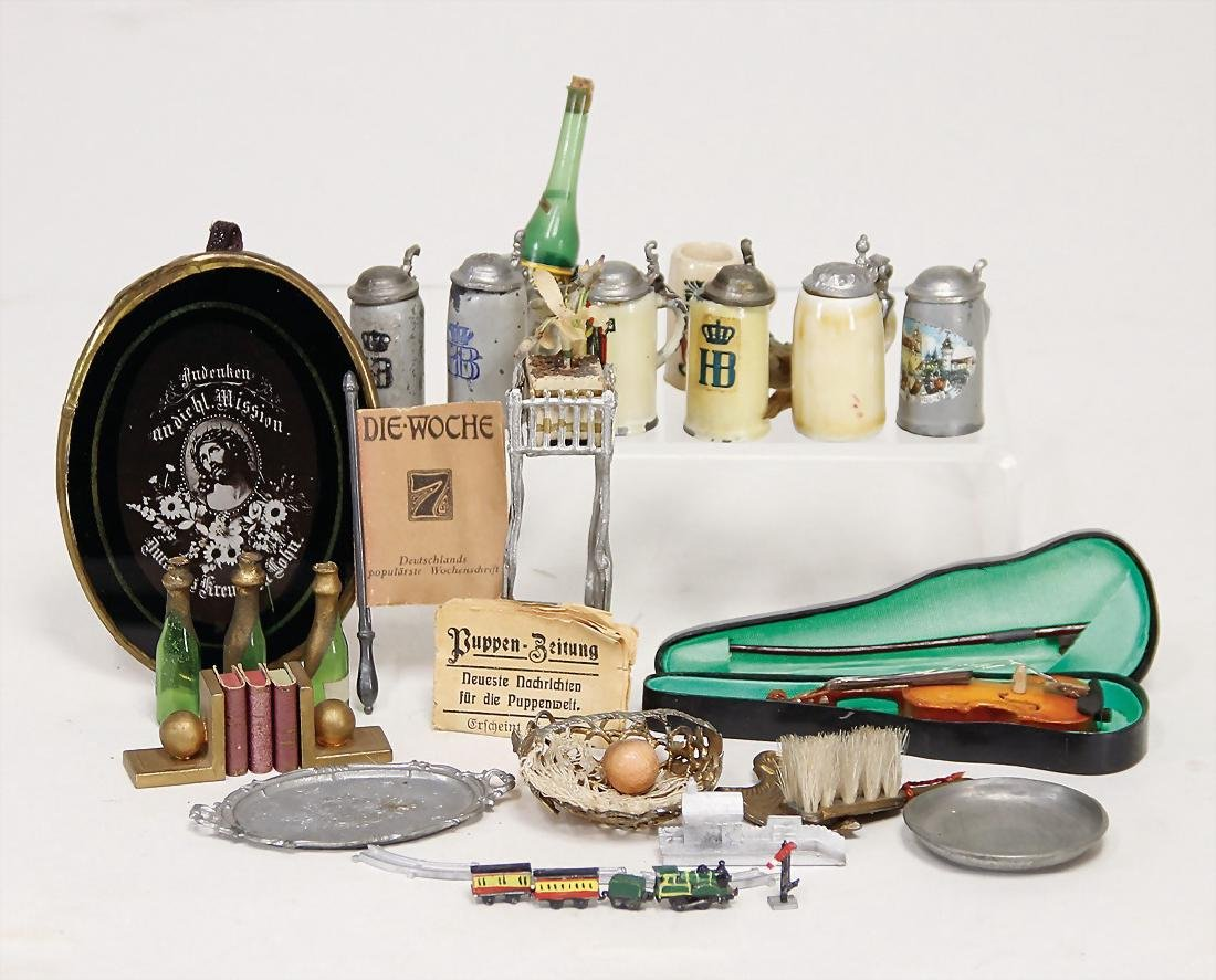 nice mixed lot of  dollhouse accessories, tin, glass,