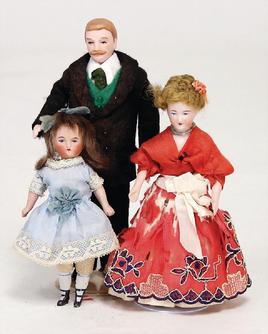 3 dollhouse dolls, 1x man with moustache, 15.5 cm,