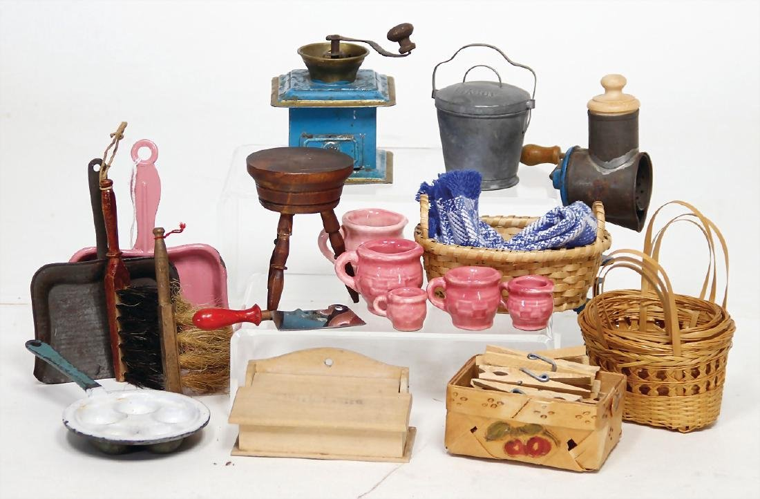 mixed lot of  decoration pieces for kitchen, coffee
