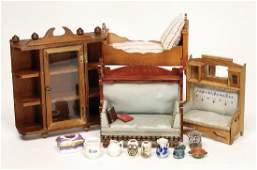 mixed lot of art nouveau dollhouse furniture, 1x sofa
