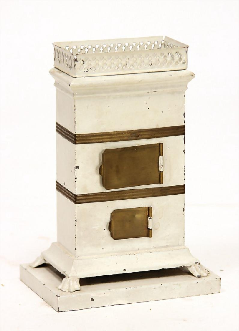 dollhouse stove, sheet metal, doors: brass, lion's