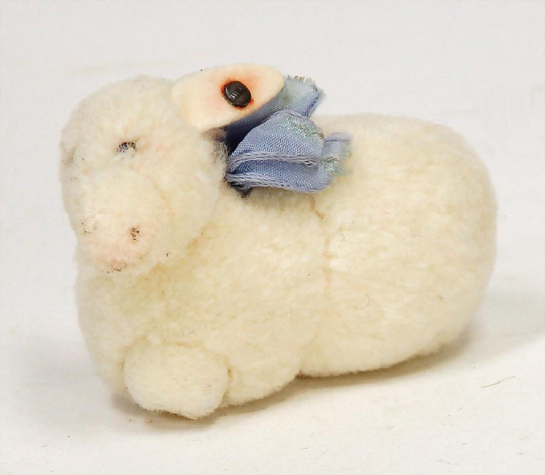 STEIFF miniature made of wool, lamb, lying, Nomotta