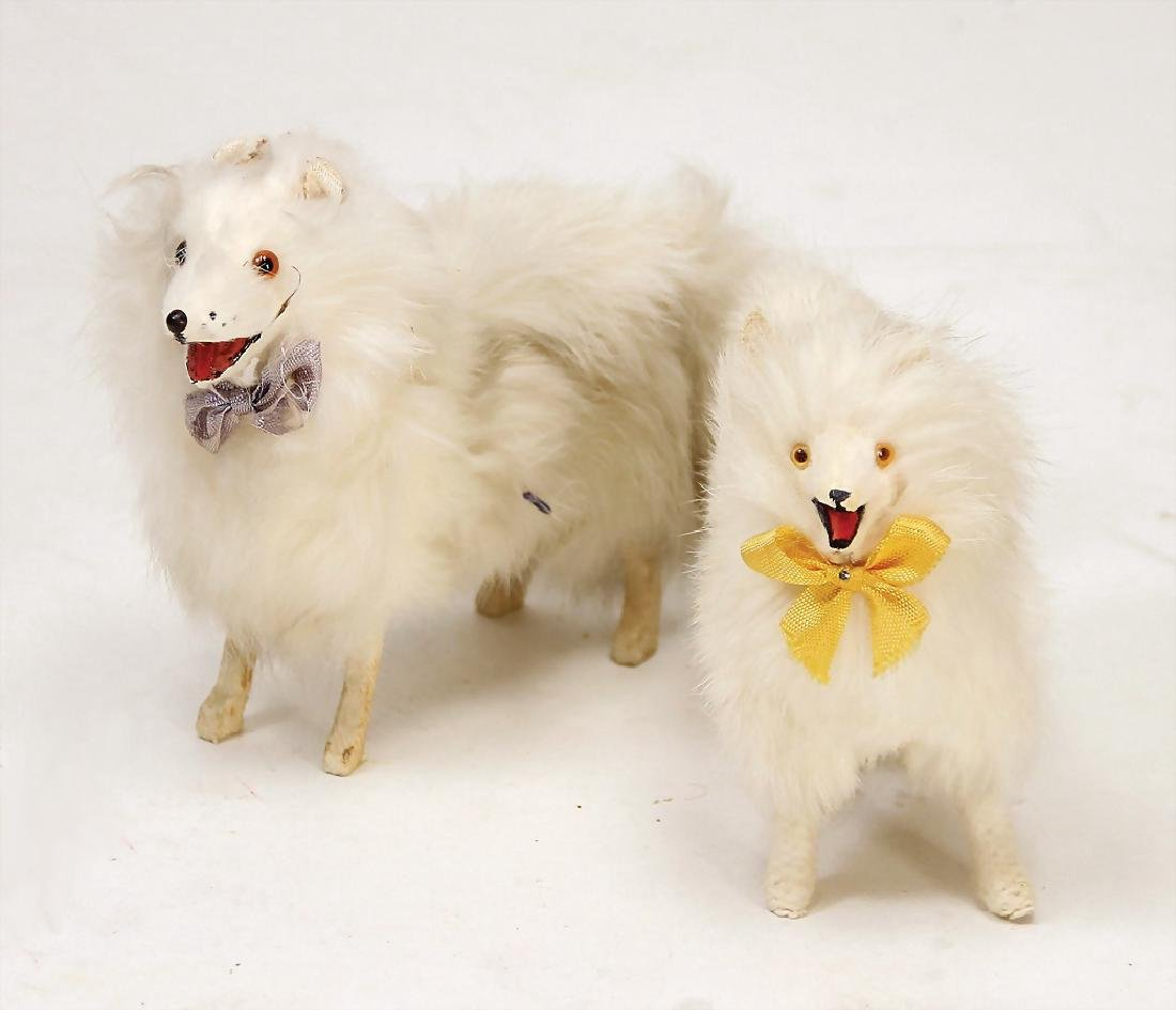 2 French skin dogs, spitz, wooden legs, real fur,