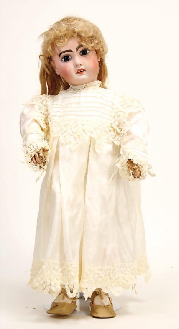 JUMEAU Puppe, gem. 9, braune fest eingesetzte