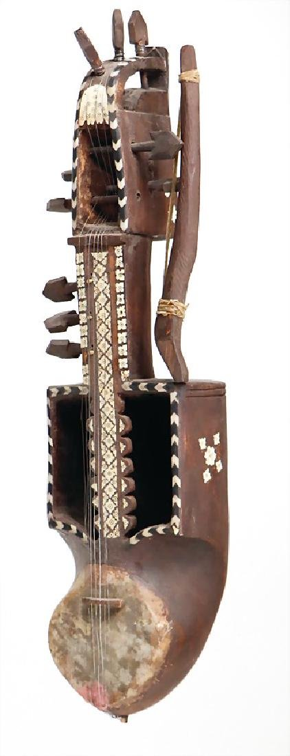 Sarinada, Afghanistan, bowed instrument with bow, with