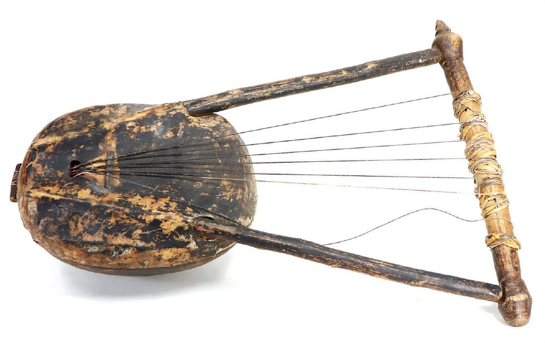 African string instrument, North Kenya,  Luo tribe,
