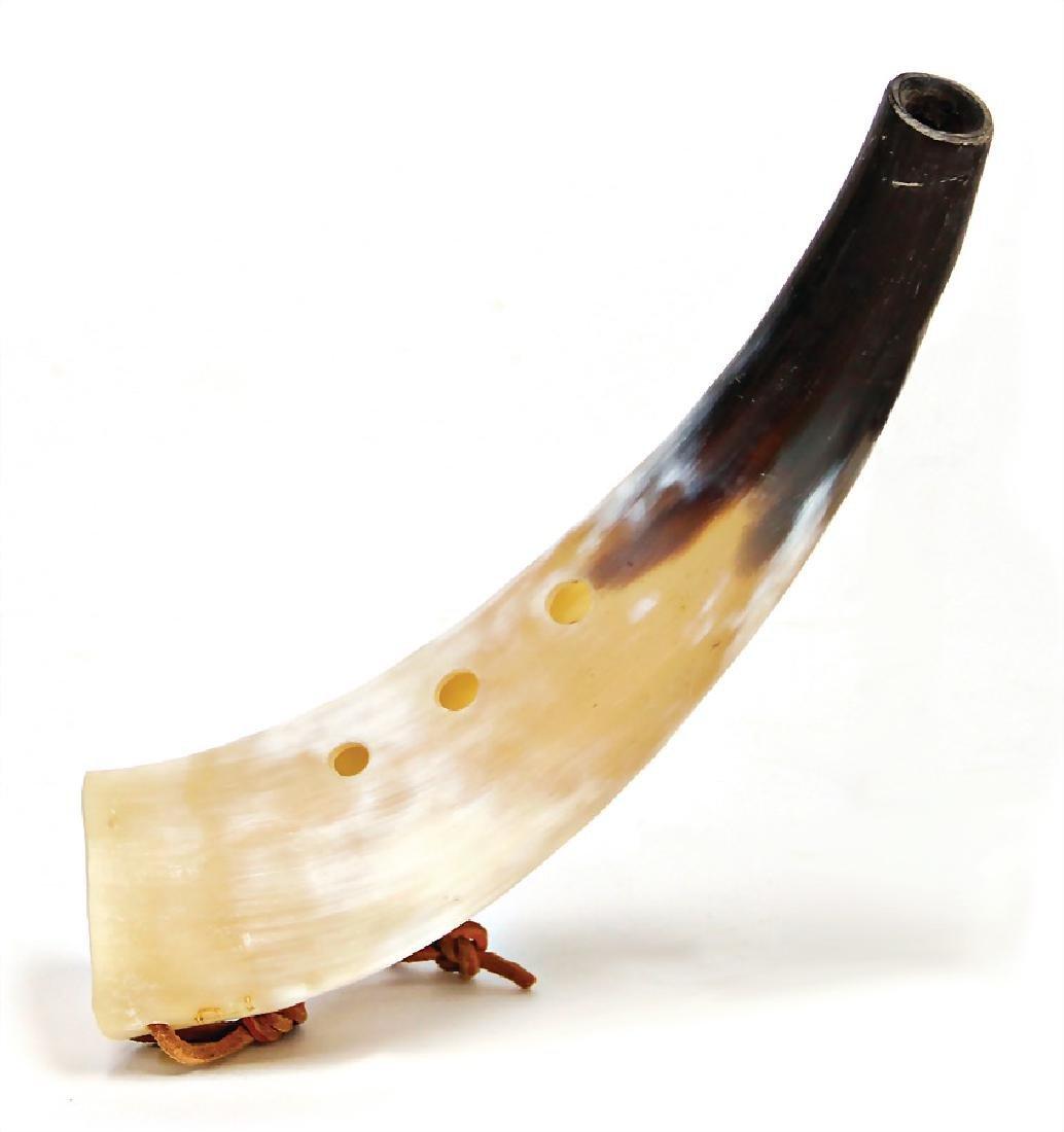 cowhorn, with 3 holes, 22 cm #836#   German Description