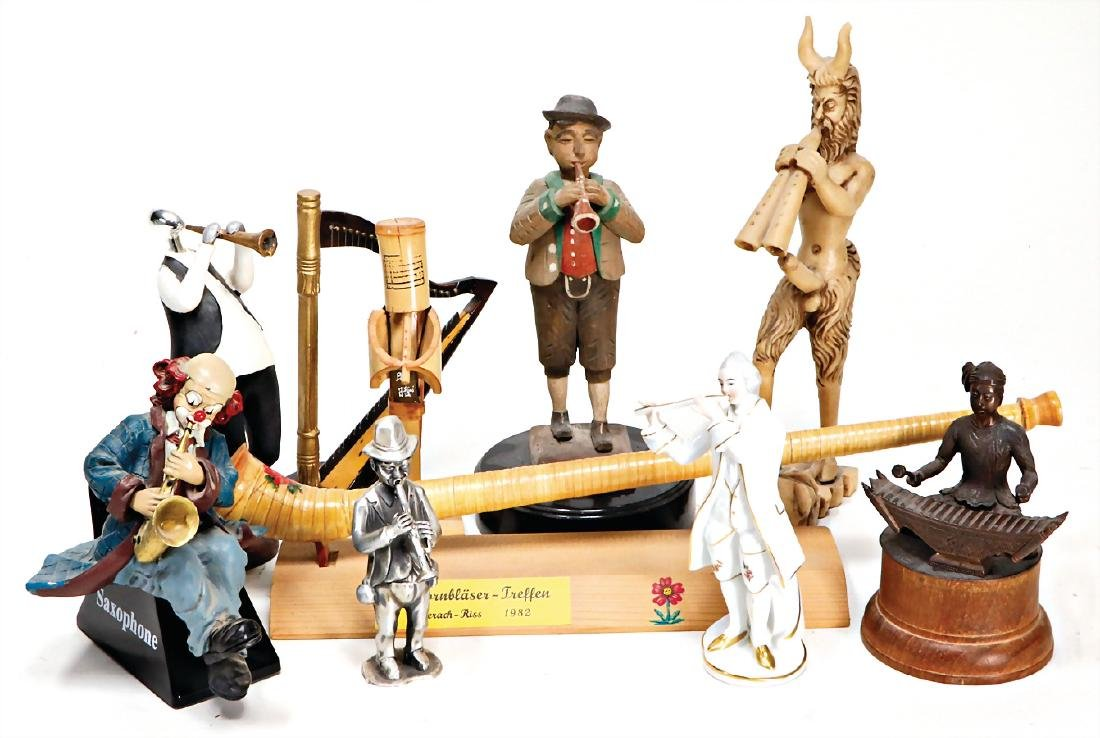 mixed lot of  musicians, figures from all over the