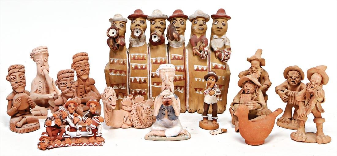 mixed lot with 14 pieces, figures and musical
