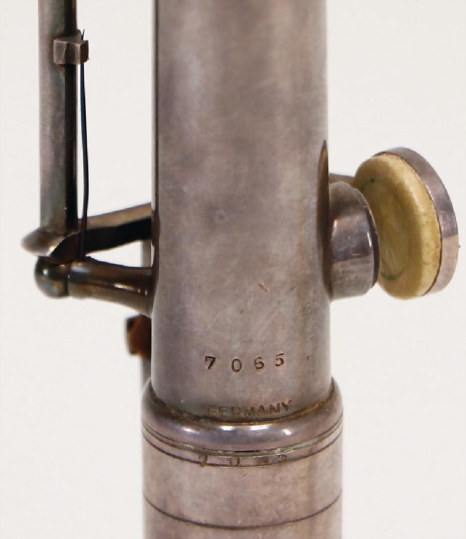 GEBRÜDER MÖNNIG, MARKNEUKIRCHEN oboe, made of metal, - 3