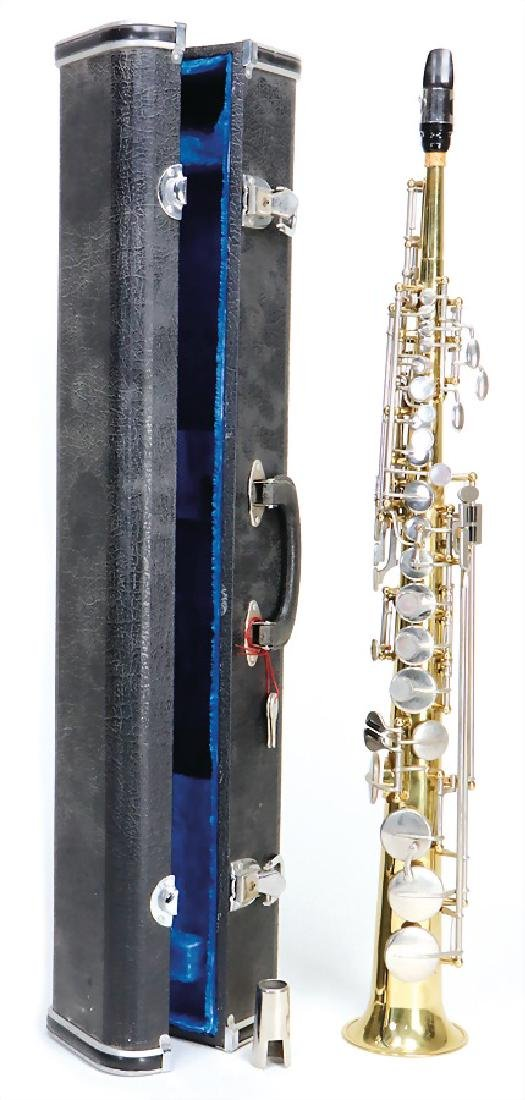 soprano saxophone in b, with case, signature Meinl,