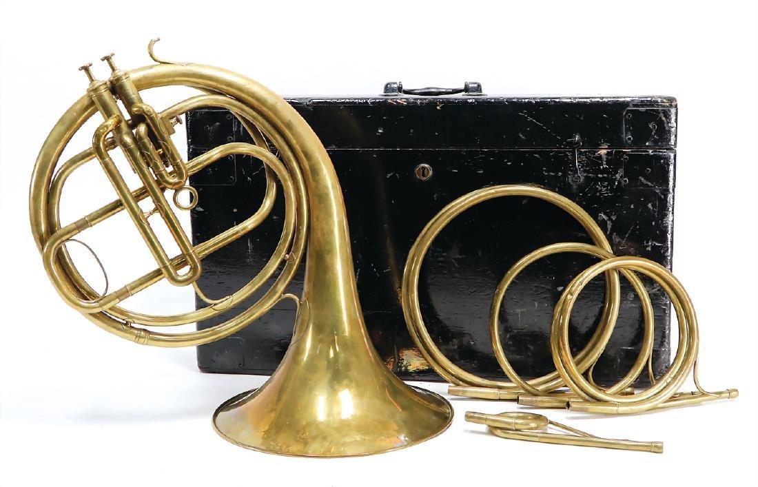 bugle, around 1800, brass, with 2 piston valves,