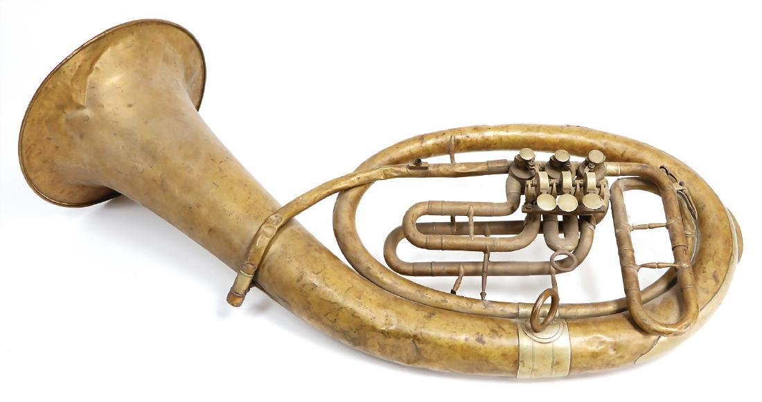 alto horn in B, oval shaped, signed: Verfertigt awt.