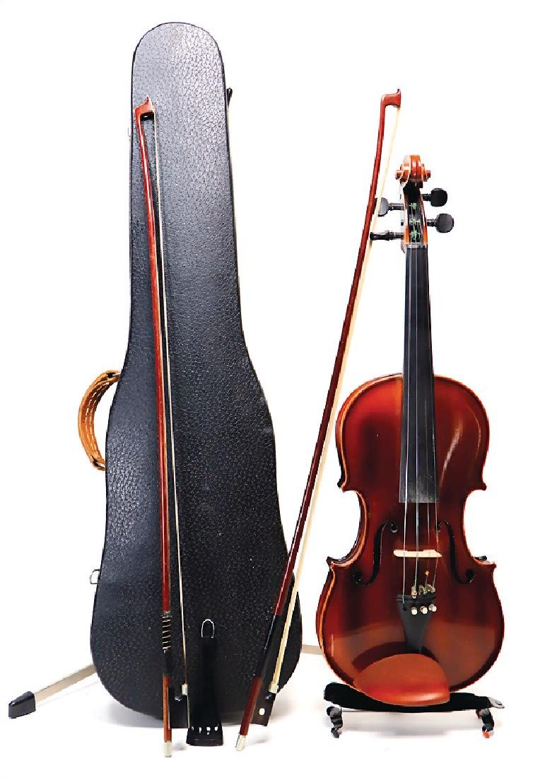 violin, not signed, condition 2, in the original violin