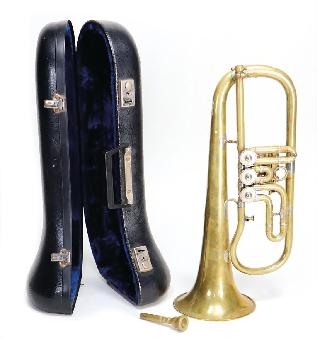flugelhorn in b, signed Miraphone, with mouthpiece, in