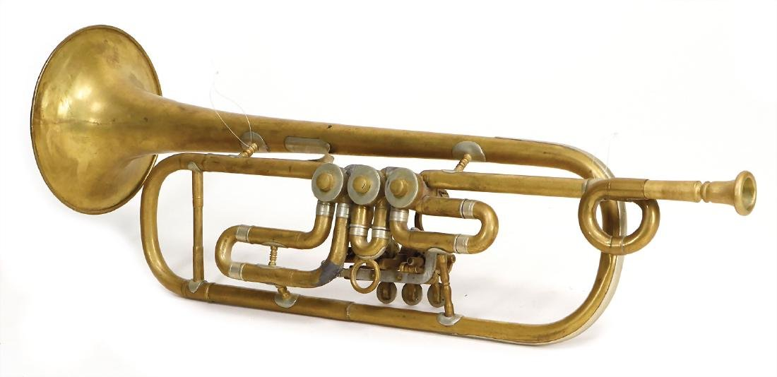 trumpet in b, with small crook, 3 valve flaps are