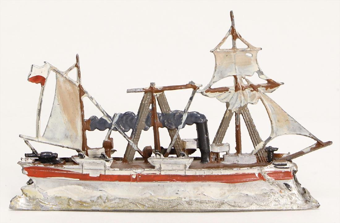 tin, plastic, steamship with 2 sails, 4 lifeboats, 2