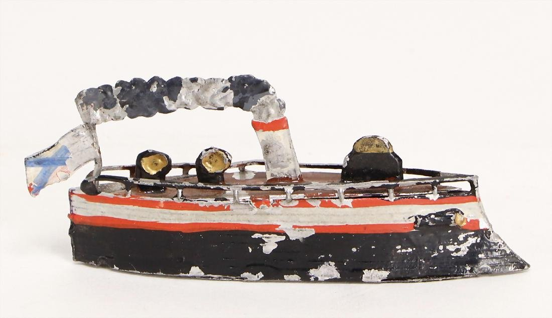 ship, tin, 8 cm, with small scratches on the paintwork