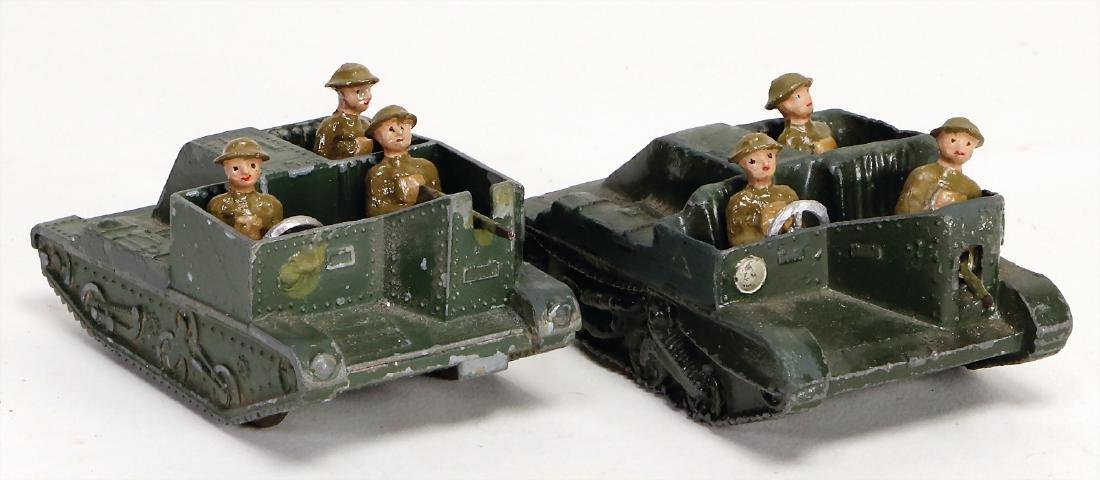 2 pieces Britain, sleigh vehicles, with 3 men crew,