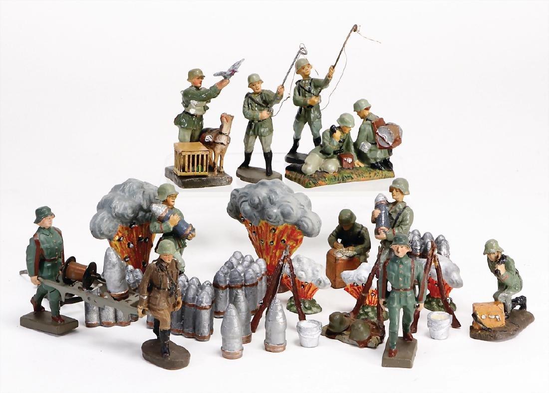 mostly Elastolin and  lineol, mass, World War II, pile