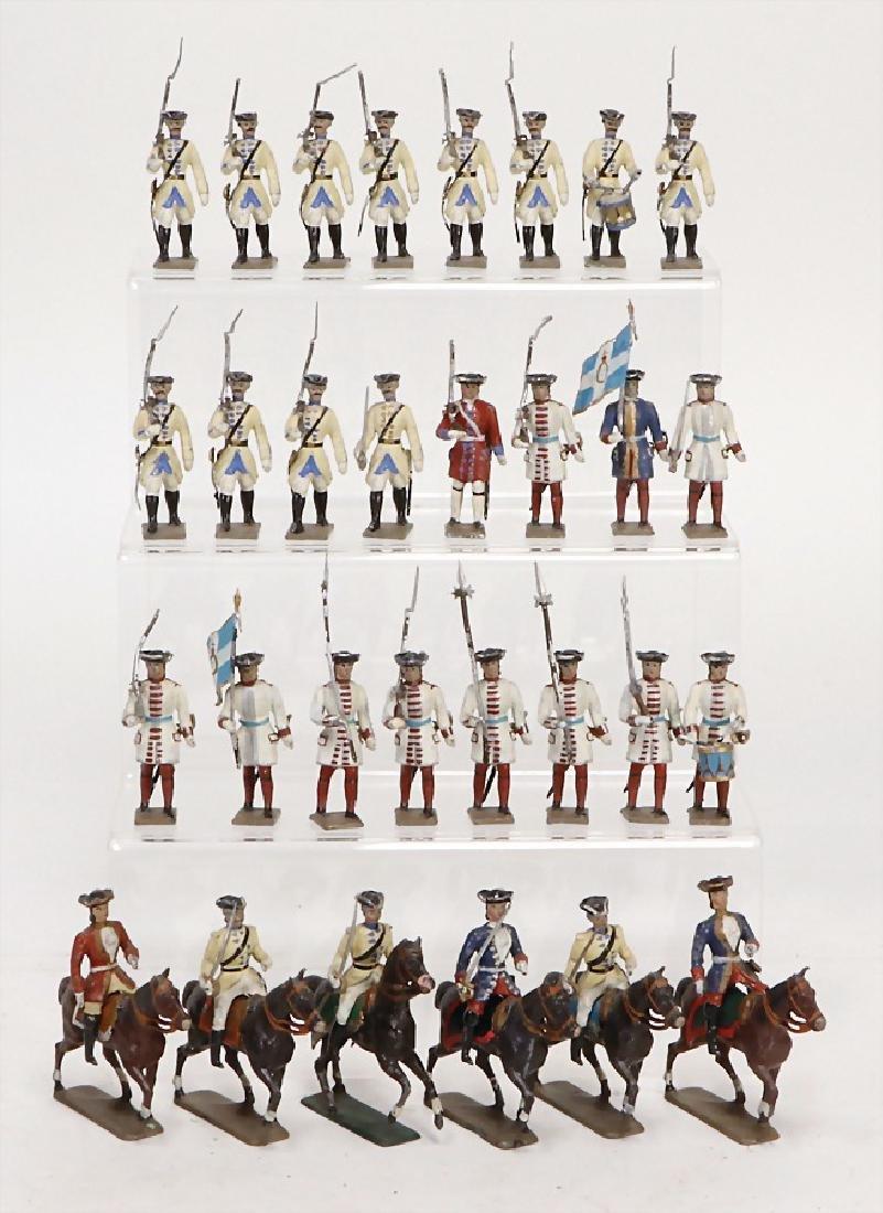 MIGNOT CBG 95 pieces, plastic casting figures, rider