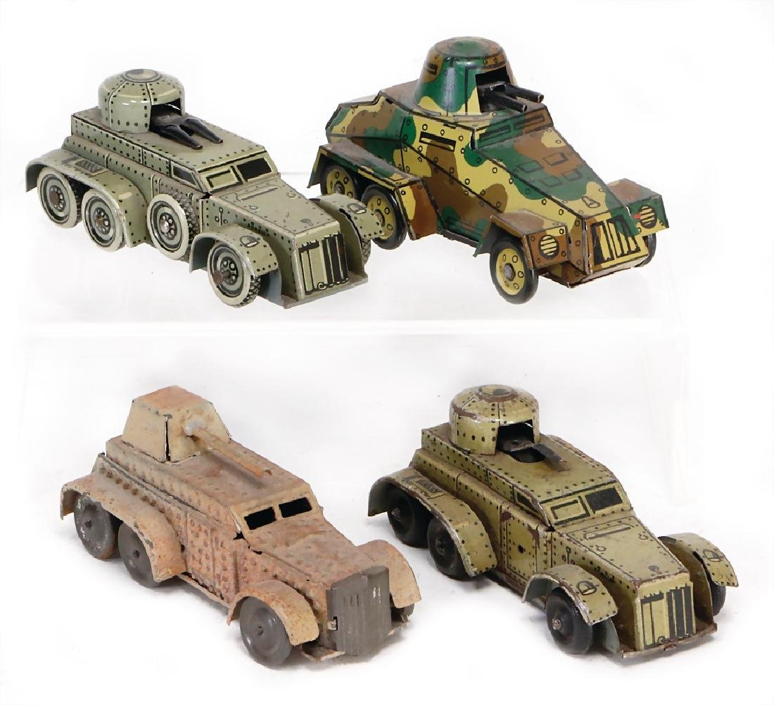 PENNY TOY 4-part, tank, 12 cm, tank with tin chains,