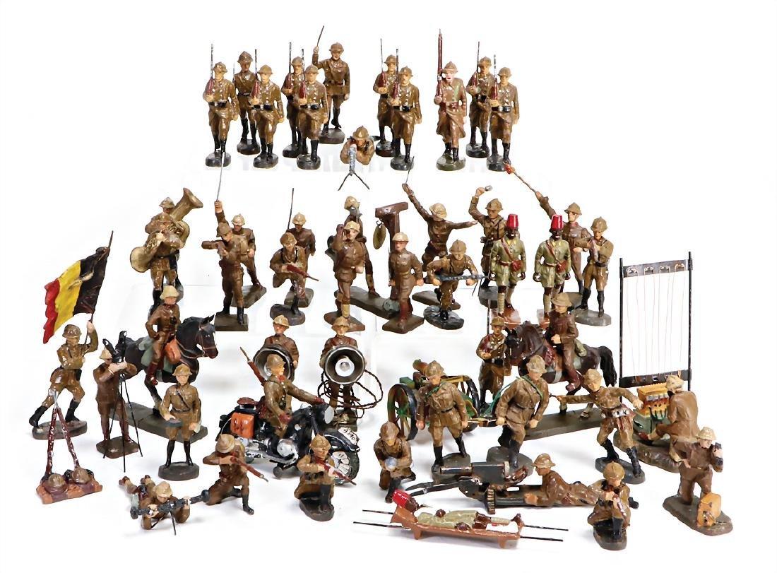 MOSTLY ELASTOLIN World War II, American, fighting,