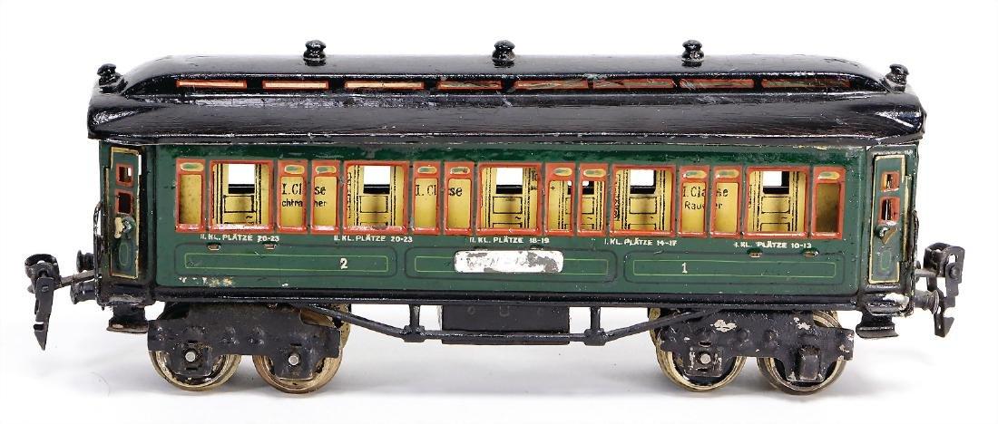 MÄRKLIN track 0, 4-axled passenger coaches, green, with