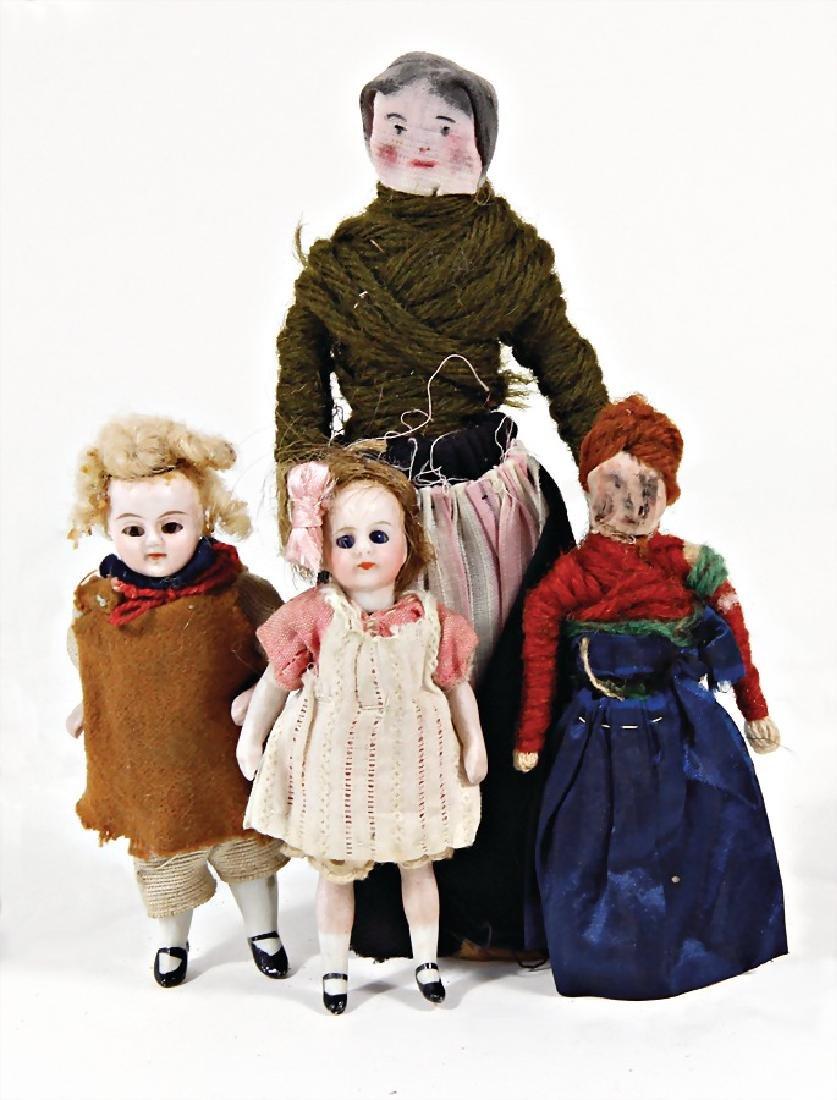 2 dollhouse dolls, all-bisque, boy and  girl, 9 cm, 1 x