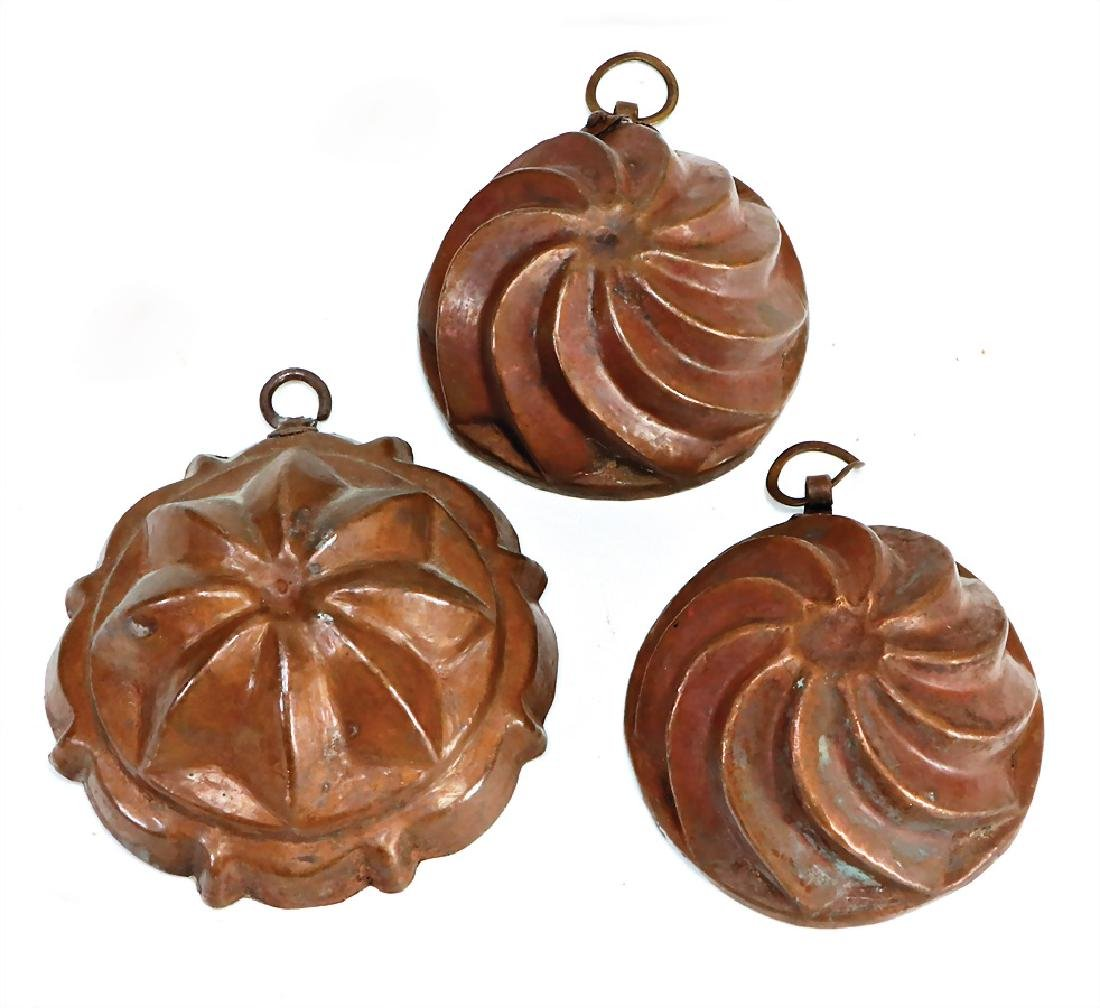 3 pieces copper, hammered, inside tin-plated, cake